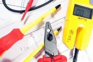 Electricians Newport Beach